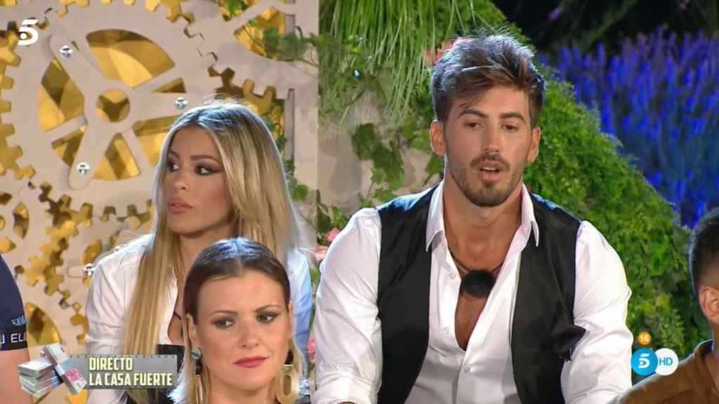 Iván aclarando sus soeces comentarios sobre Oriana en directo.
