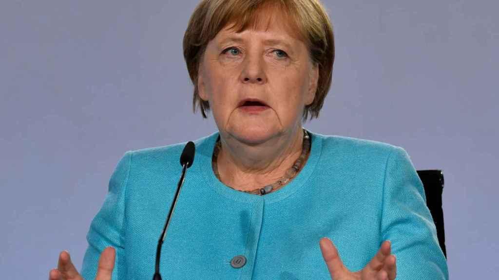 La canciller alemana, Angela Merkel, admite que las posiciones aún están alejadas