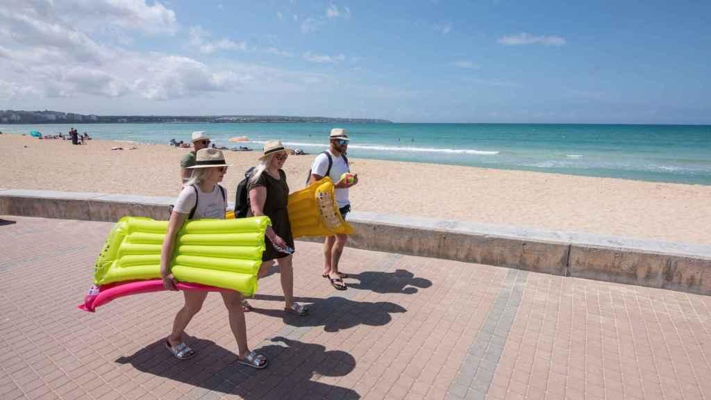 Turistas alemanes  este martes en Palma de Mallorca.