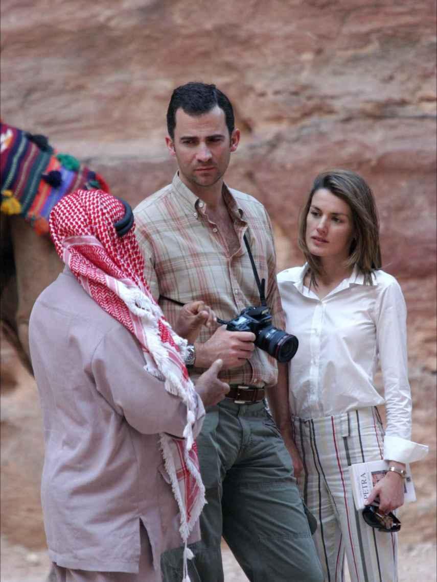 Felipe y Letizia en una de sus paradas de su luna de miel, Petra (Jordania).