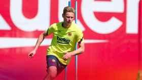 Frenkie De Jong entrenando con el Barcelona