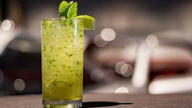 Granizado de menta y lima, bebida sin alcohol que sabe a mojito