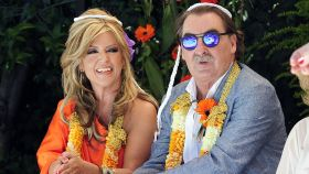 Lydia Lozano y su marido Charly durante la celebración de sus bodas de plata en 2015.