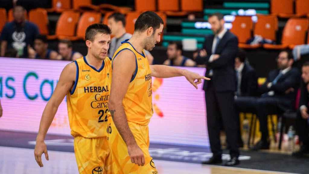 Ioannis Bourousis y Xabi Rabaseda, en el Herbalife Gran Canaria - San Pablo Burgos