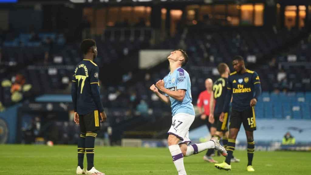 Phil Foden celebra un gol contra el Arsenal