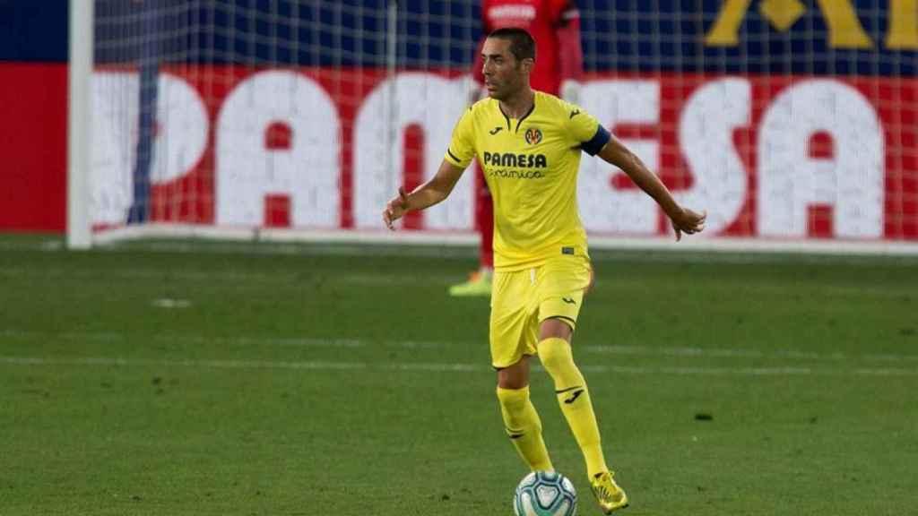 Bruno Soriano, con el brazalete de capitán, el día de su vuelta con el Villarreal