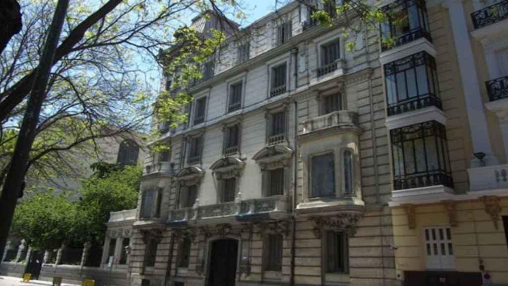 Imagen exterior de la antigua sede de la CNMV en el Paseo de la Castellana 19 (Madrid).