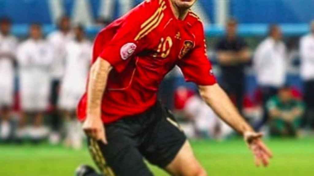 Cesc Fábregas celebra el gol que dio a España el pase a semis en la Euro 2008