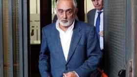 El exdirector técnico de la Faffe Fernando Villén a la salida de los juzgados.