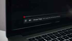 Netflix reproduciendo Stranger Things.