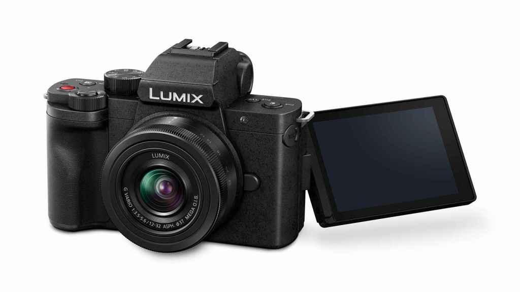 LUMIX G100.