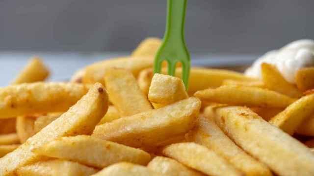 Cómo recalentar patatas fritas para que queden como recién hechas