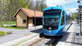 Tranvía de Estocolmo fabricado por CAF.