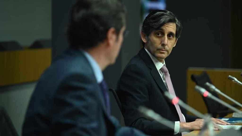 J. M. Álvarez Pallete en el foro de la CEOE.