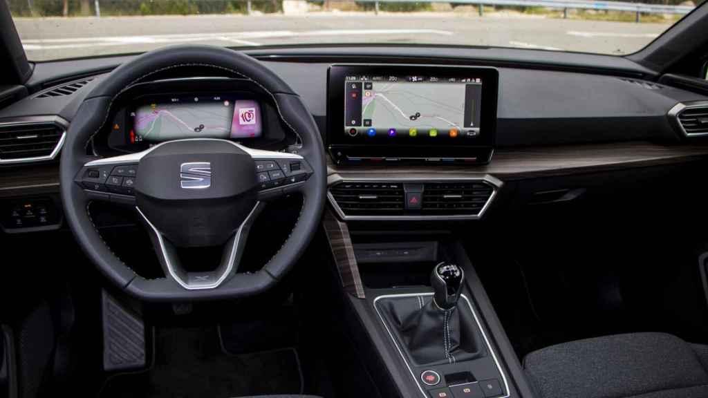 Interior digitalizado del nuevo Seat León.