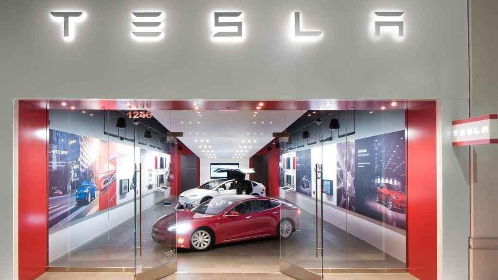 Imagen de un establecimiento de Tesla.