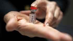 Una de las muchas vacunas que se está probando en humanos para el Covid-19.