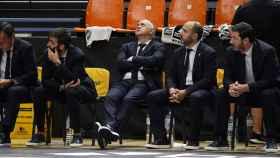 Pablo Laso, lamentándose en el banquillo del Real Madrid