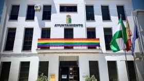 Bandera retirada en el Ayuntamiento de Villanueva de Algaidas.
