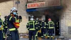 Los bomberos de Madrid han trabajado en el lugar de los hechos