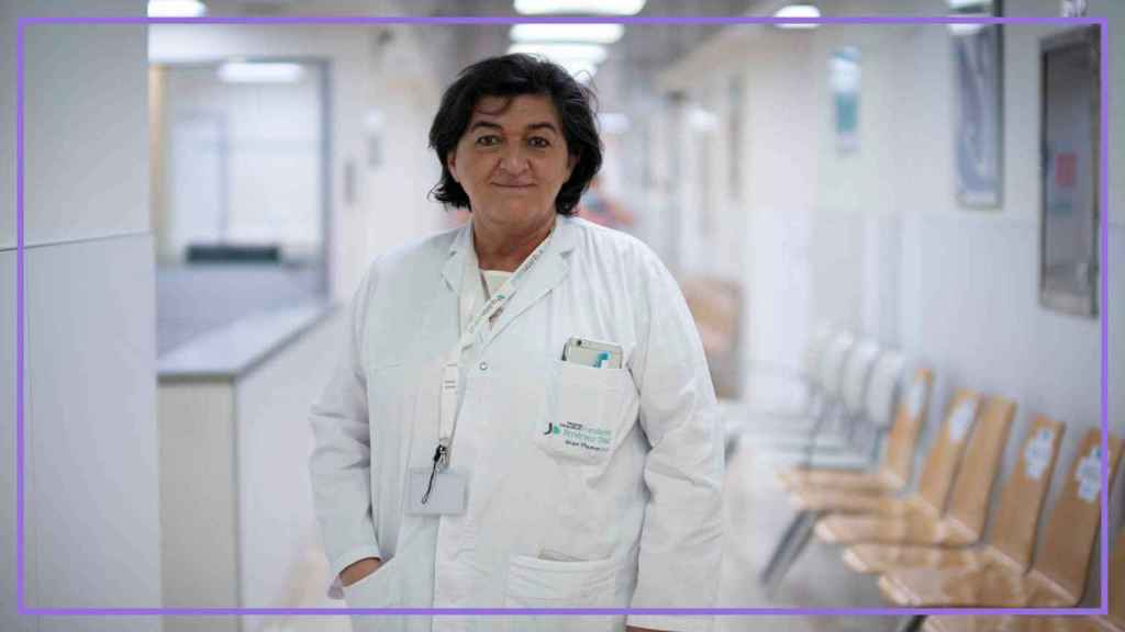 Carmen, la uróloga jefe de Hospitales Quirón.