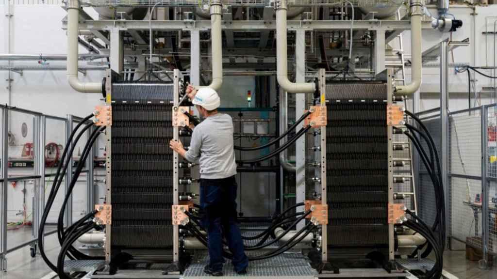 Una de las plantas de la multinacional Siemens para realizar el proceso de electrólisis del hidrógeno.