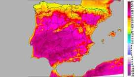 Anomalías de temperaturas máximas para el primer domingo de julio. AEMET-SINOBAS.