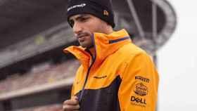 Carlos Sainz en un circuito