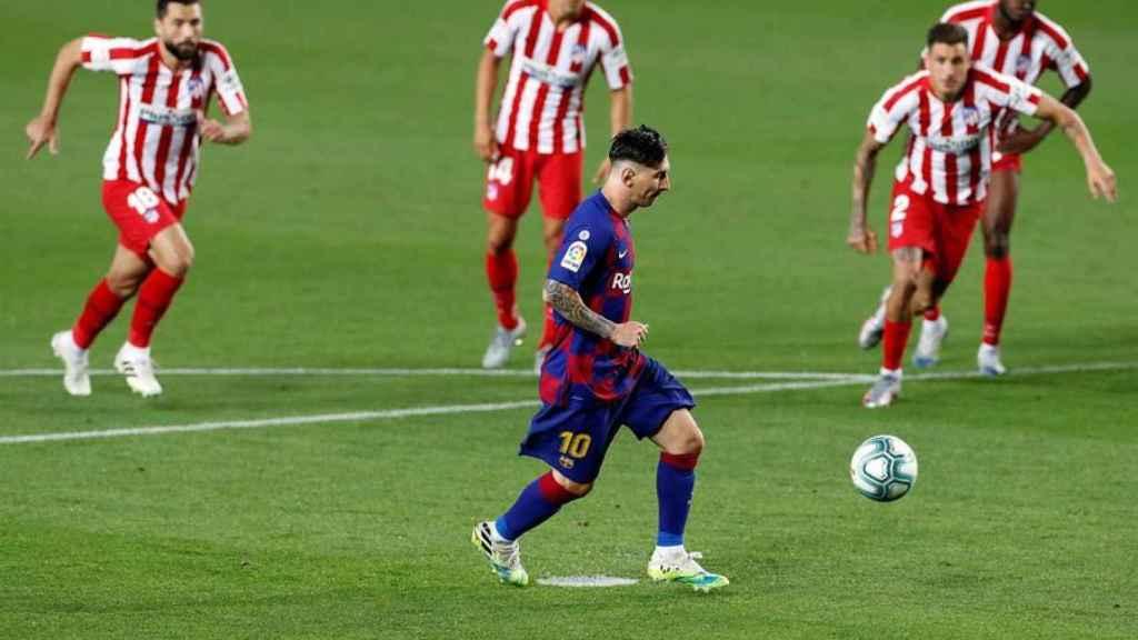 Lanzamiento de penalti de Messi a lo Panenka en el Barcelona - Atlético de Madrid de La Liga