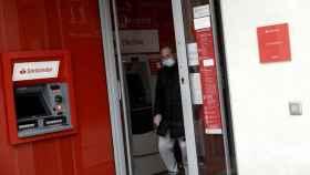 Banco Santander convocará a los sindicatos para preparar un nuevo ERE en el Grupo.