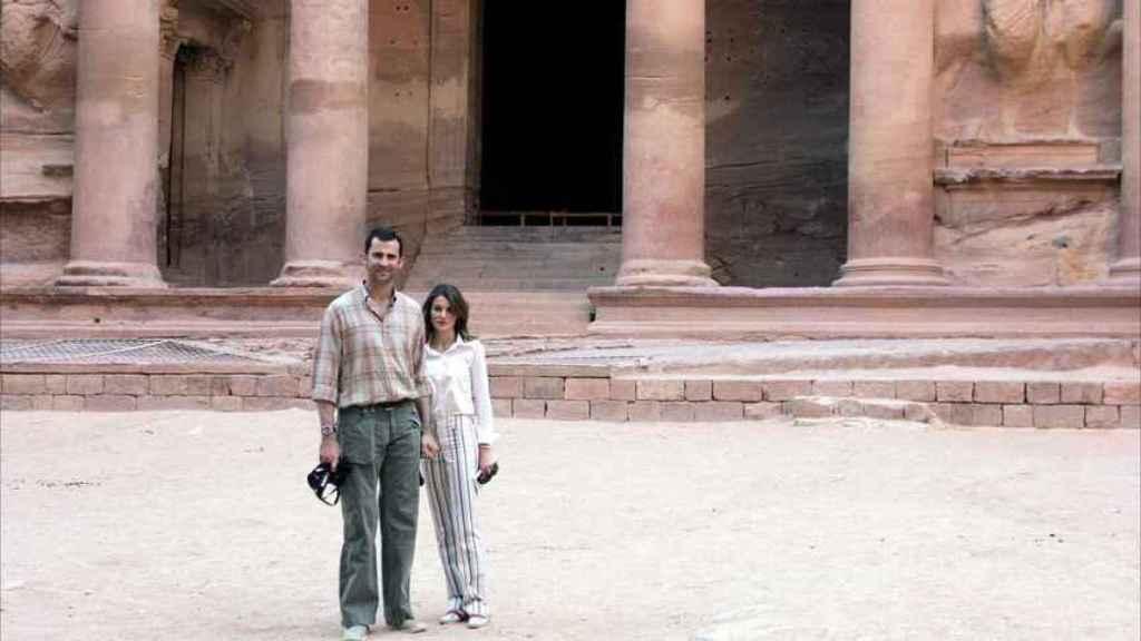 Felipe y Letizia en la Ciudad Perdida de Petra en mayo del año 2004.