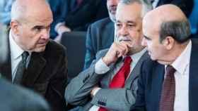 Los expresidentes andaluces Chaves y Griñán y el exconsejero Gaspar Zarrías durante el juicio.