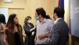 Ione Belarra, secretaria de Estado para la Agenda 2030, el vicepresidente Pablo Iglesias y el ministro de Consumo, Alberto Garzón.