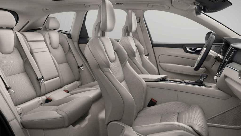 Imagen de un habitáculo de un modelo de Volvo.