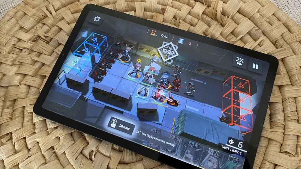 En juegos, el rendimiento de la Galaxy Tab S6 Lite es aceptable