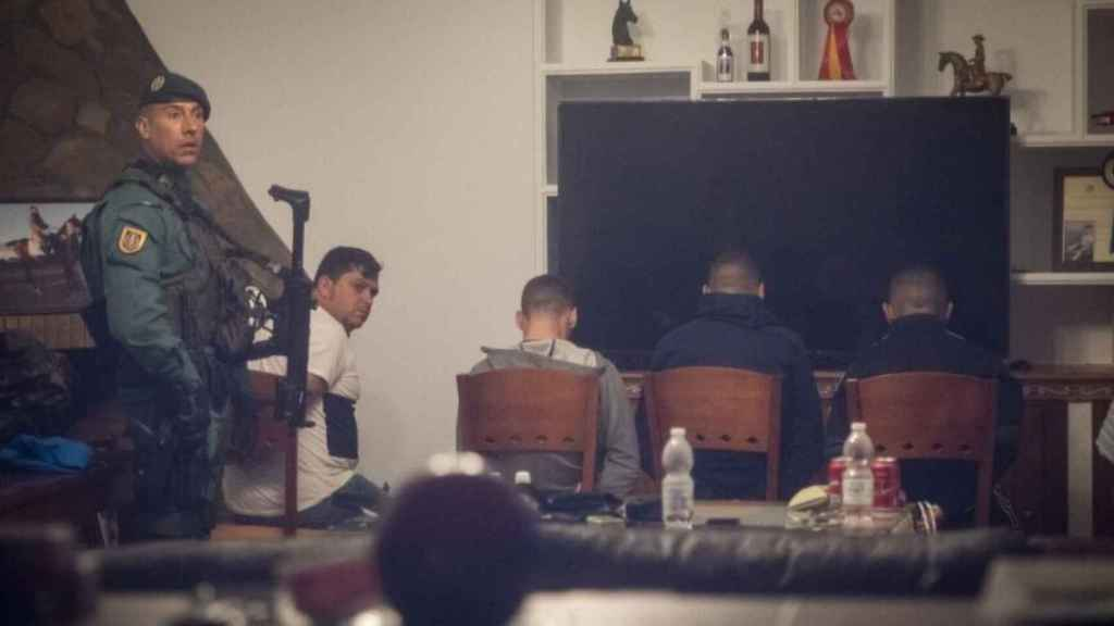 Cuatro detenidos por la Guardia Civil en marzo de 2020 en un chalet de Trebujena (Cádiz).
