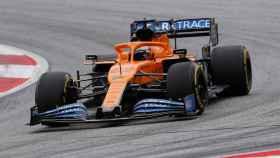Carlos Sainz Jr., en el Red Bull Ring de Austria con su McLaren