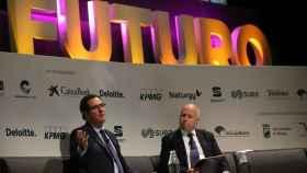 El presidente de CEOE, Antonio Garamendi, y el presidente de KPMG, Hilario Albarracín.