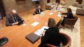 El presidente del Govern, Quim Torra, con el vicepresidente Pere Aragonès y otros consejeros