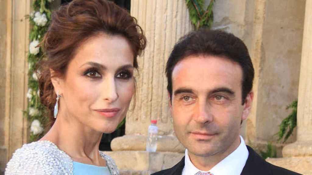 Paloma Cuevas y Enrique Ponce en la boda de Verónica Cuevas y Miguel del Pino.