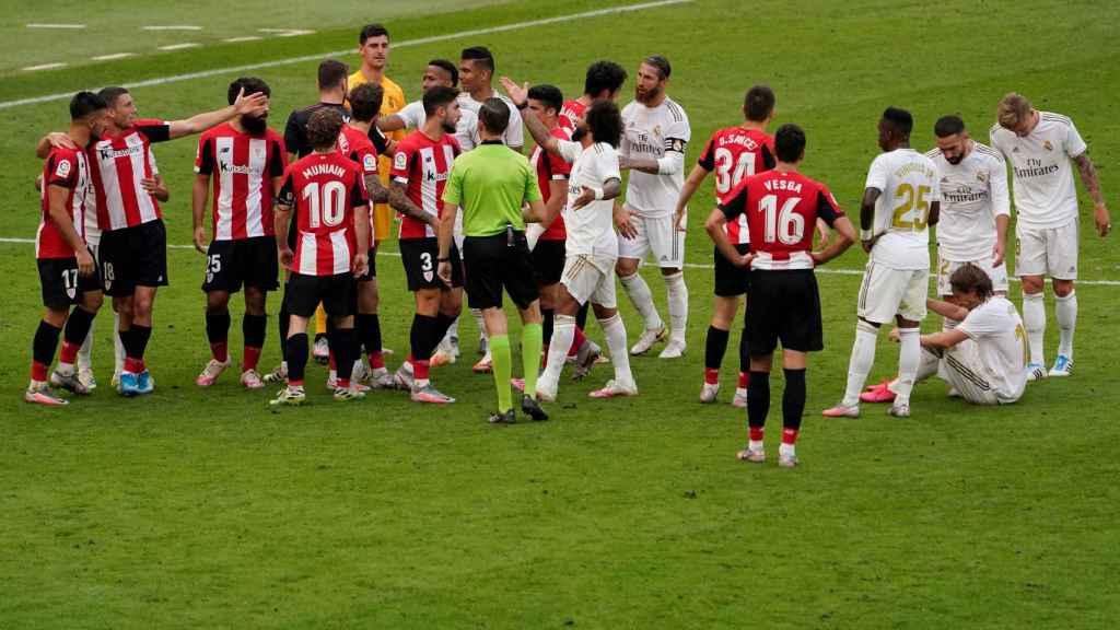 Tangana en el Athletic - Real Madrid disputado en San Mamés