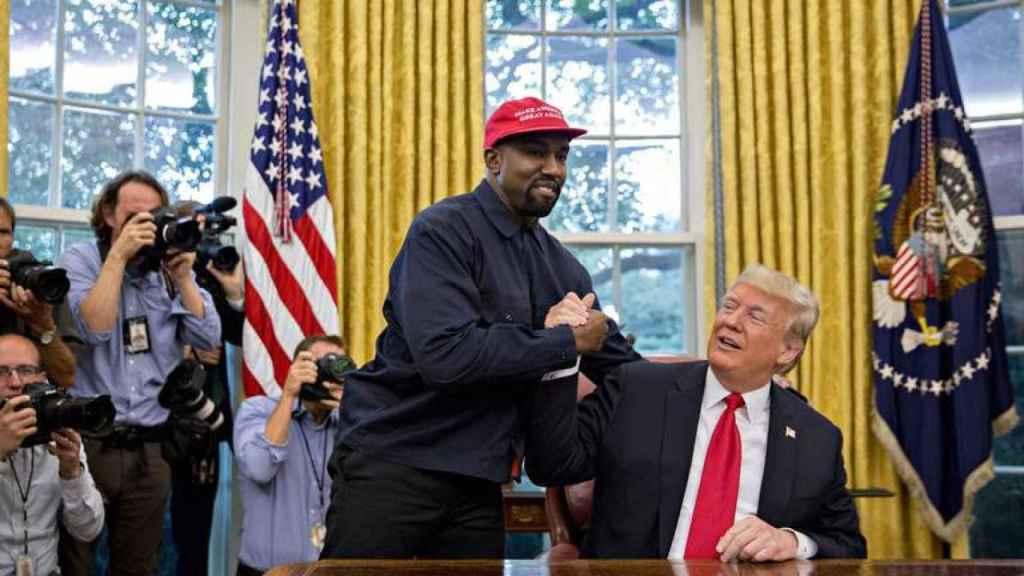 Kanye West con Donald Trump durante su visita a la Casa Blanca en octubre de 2018.