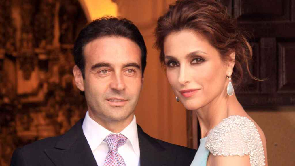 Enrique Ponce y Paloma Cuevas.
