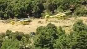 Mueren dos personas al estrellarse un helicóptero en Fórnols (Lérida)