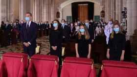 Los Reyes acudieron a la misa funeral, con la ausencia destacada de Sánchez e Iglesias.