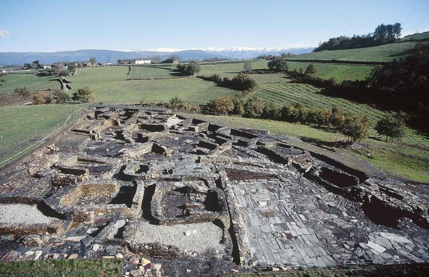 Otra vista del yacimiento de Chao Samartín.