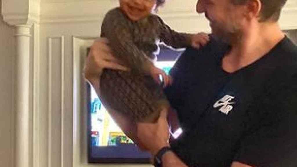 Pau Gasol con Capri, la hija pequeña de Kobe y Vanessa Bryant