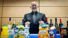 J. García Carrión con sus productos estrella