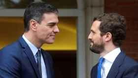 Casado lamenta la hipocresía y el cinismo de Sánchez sobre los pactos con el PP