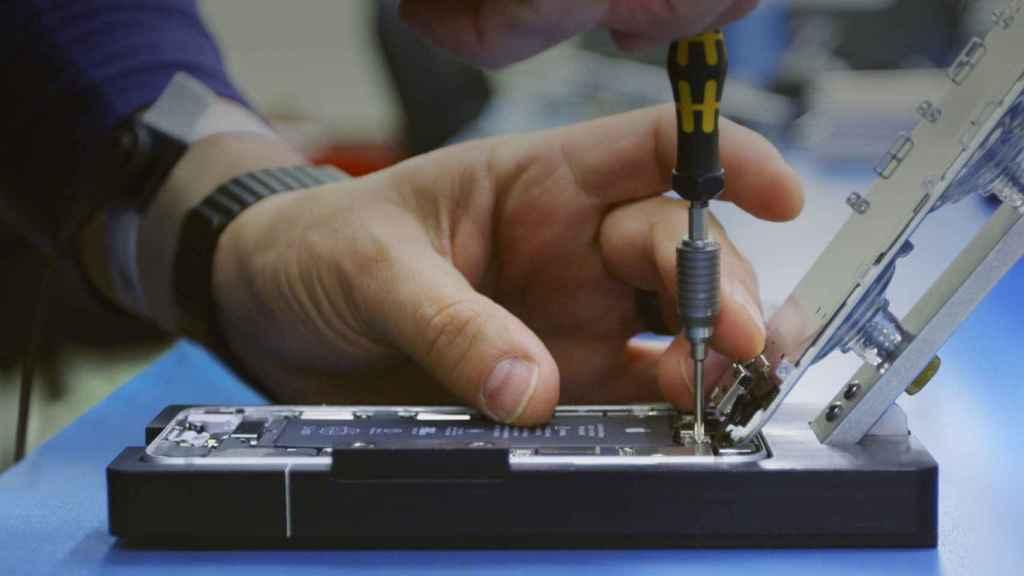 La reparación de los iPhone ahora se puede hacer en tiendas no oficiales